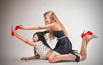 Picture Of Girls Fighting Over Shoe